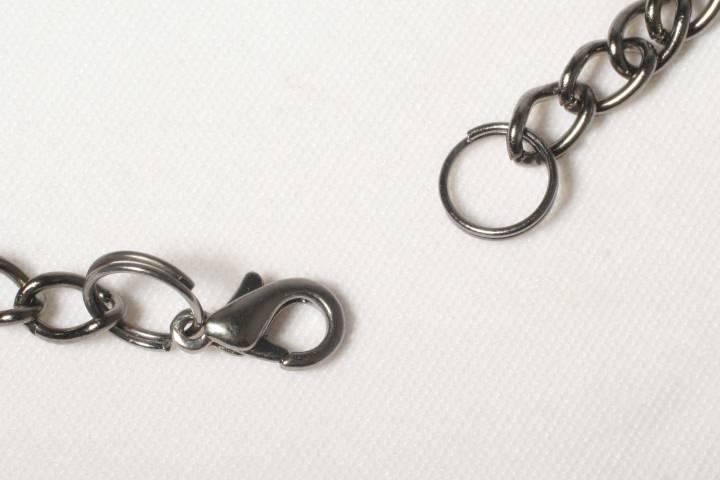 Always Alternative Raven Necklace clasp