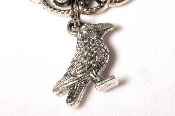 always_alternative_raven_necklace_raven