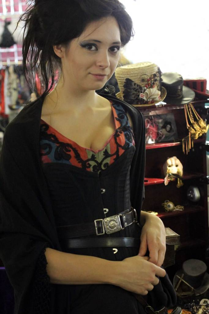 Emma Brackenbury - Steampunk Jeweller