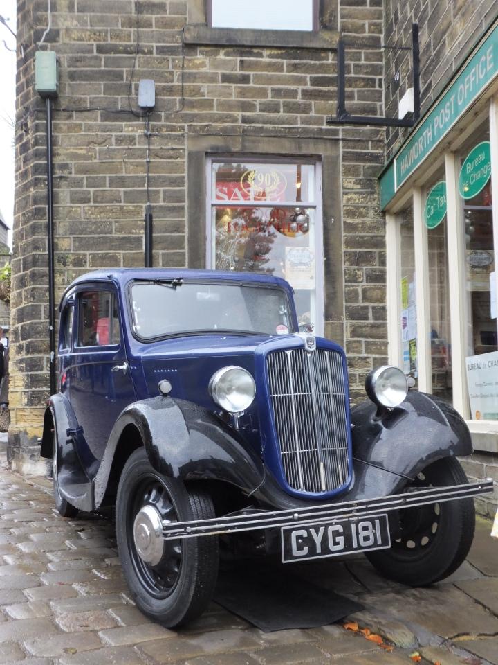 Haworth Steampunk weekend vintage car turn out