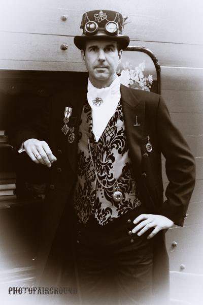 One idea of Steampunk Fashion