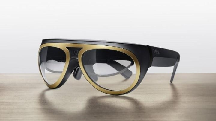 Mini have developed steampunk goggles for driving improvement